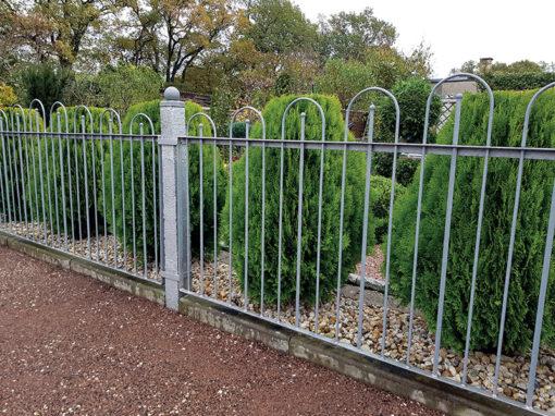 Gartenzaun aus Zink (nachhaltig Gärtnern)